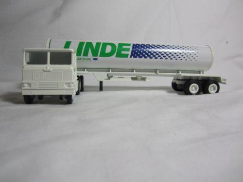 Winross 1981 LINDE White 7000 Tanker