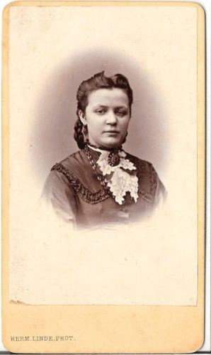 Herm. Linde CDV photo Damenportrait - Lübeck 1870er