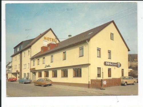 HEIDENHEIM / Brenz   << Hotel Zur Linde m. Autos >> color AK 1981