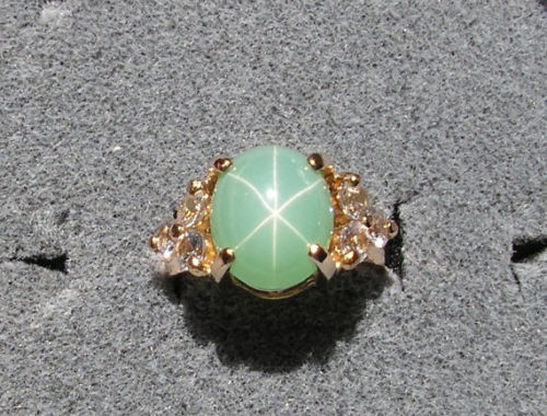VINTAGE SIGNED LINDE LINDY MINT GREEN STAR SAPPHIRE CREATED RING 14K YELLOW GOLD