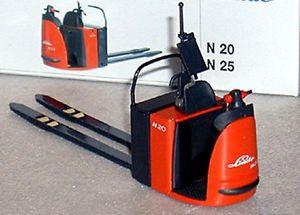 Linde N25 warehouse truck  forklift fork lift truck  MINT IN BOX