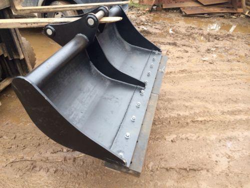 6-9 Ton Excavator Rubber Scraper Or Back Fill Blade JCB KOMATSU HITACHI TACKUCHI