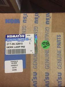 Komatsu Headlight 24V 70W H3 21T-06-32810 (NEW)