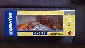 First Gear Komatsu GD655 Motor Grader V-Plow Wing Super Rare Iowa DOT Edition