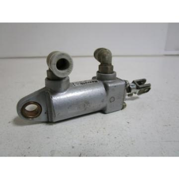 REXROTH France USA CYLINDER 0822 011 002 *USED*
