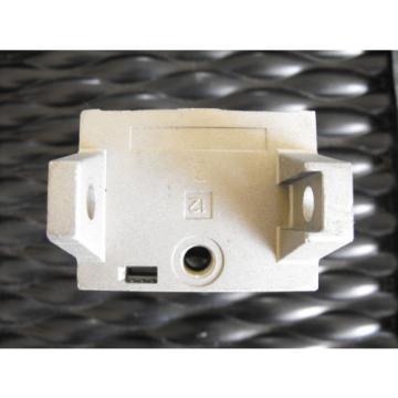 Bosch India Greece Rexroth Pneumatic Valve R432015490 Manifold Segment  P-068979-00002