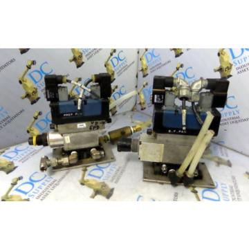 WABCO Australia France CERAM REXROTH GS20062-3939 24V  PNEUMATIC VALVE W/ MANIFOLD LOT OF 2