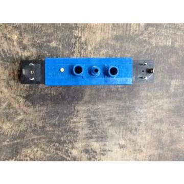 Rexroth Canada Russia 740 Control  Valve PW-067715-5