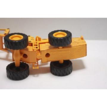 Komatsu wheel loader W120  Diapet Made in Japan  1/50 used  Yonezawa Toys