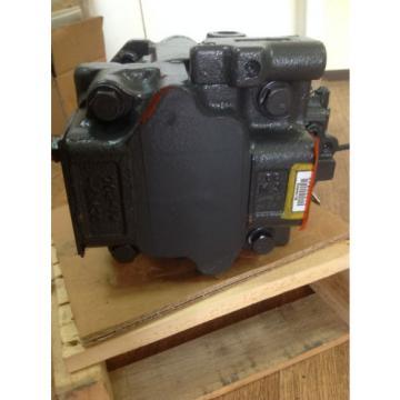 KOMATSU hydraulic oil pump  part no. 708-1W-00740