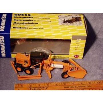 Komatsu GD655 DOT Grader w/Snow Plow & Wing First Gear 1/50 NIB