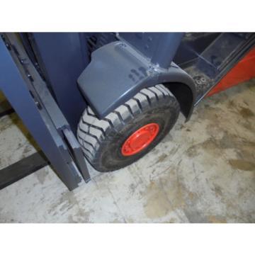 2002 LINDE H25T 5000 LB LP GAS FORKLIFT PNEUMATIC 87/189 3 STAGE MAST 3300 HOURS
