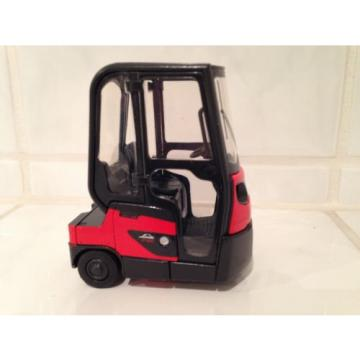 NEW MODEL Linde Tow Tractor + Cabin forklift fork lift truck MiB NEW NEW!!!