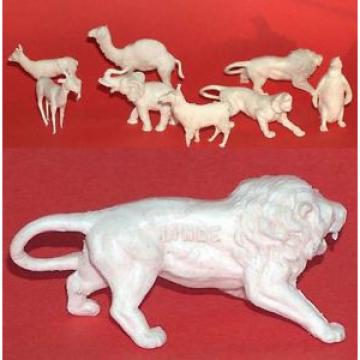 8 VINTAGE LINDE PLASTIC FIGURINES OF ANIMALS, AUSTRIA