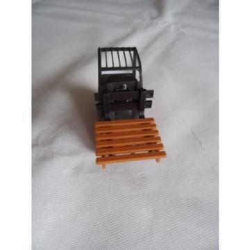 Gama Linde Gabelstapler in 1:24 Model No 2421 Neu siehe Fotos