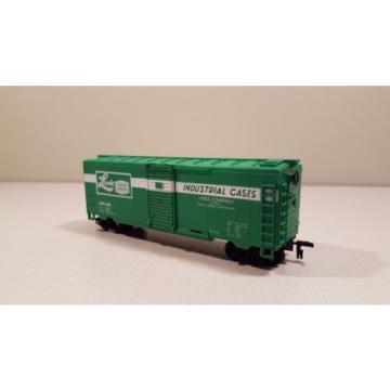 Life-Like Linde Union Carbide Box Car HO H0 Model Train