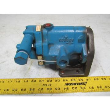 Vickers PVB5FRSY21CM11 Hydraulic pump variable displacement clockwise rotation