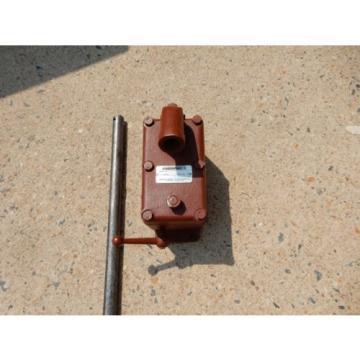 ENERPAC P-51 HYDRAULIC HAND PUMP SINGLE SPEED SET AT 6000 PSI MAX HP6001-51-10