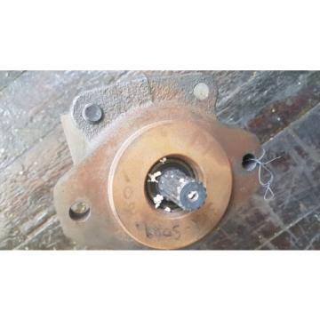 New Parker Commercial Intertech Hydraulic Pump 312-9111-523 / 1-97710-01