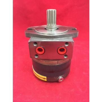 ONE NEW PARKER HANNIFIN Hydraulic Motor 73131 C116A-106-AM-0