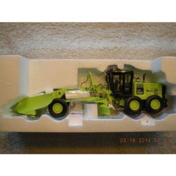 50-3083 Komatsu GD655 Motor Grader NEW IN BOX