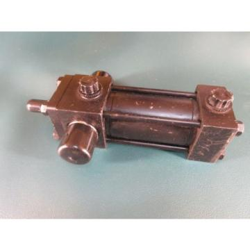 "Side Canada India Lug Cylinder HH168984 A 909204 1.5"" BORE 2"" STROKE (Parker,Rexroth,Scrader)"