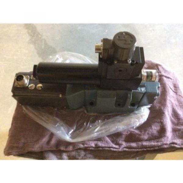 Rexroth India Italy Hydraulics servo valve, # 4WRDU 16 W200L-51/6L15K9/VR, rebuilt #5 image