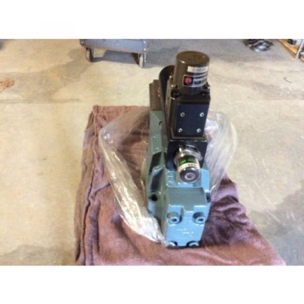 Rexroth India Italy Hydraulics servo valve, # 4WRDU 16 W200L-51/6L15K9/VR, rebuilt #6 image
