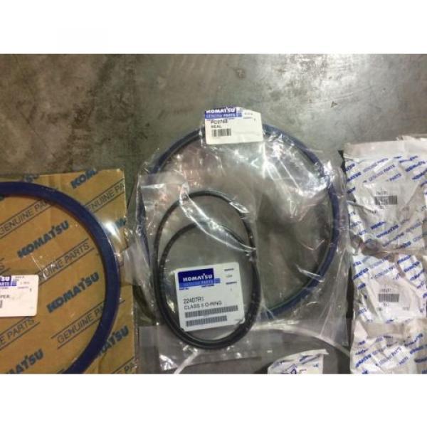 Genuine OEM Komatsu PC200 Rear Suspension Seal Kit AK5750 #6 image