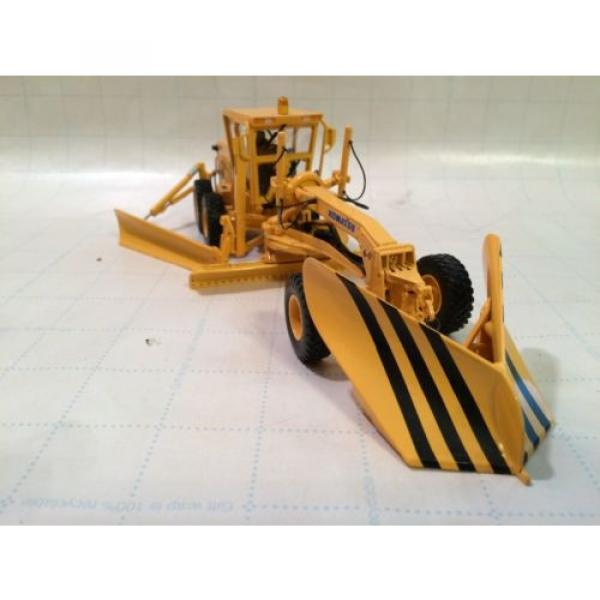 First Gear Conrad NZG Komatsu GD655 motorgrader with Snow Wing and V plow #2 image