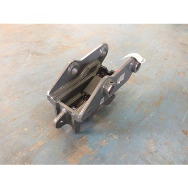 NEW I-Lock Hydraulic Quick Hitch – Komatsu PC88MR-8 #2 image