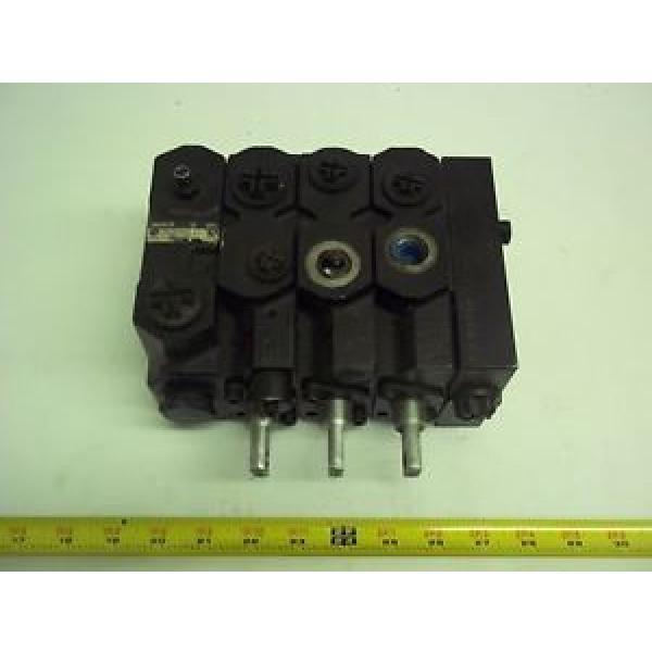 L0009442864 Linde-Baker Forklift, Valve  0009442864 #1 image