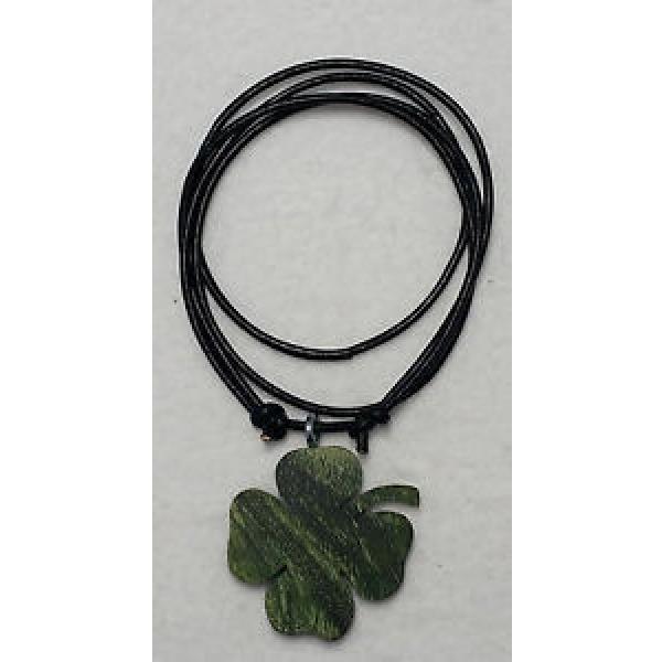 Kleeblatt Grün Stabilisierte Linde Anhänger mit verstellbaren Lederband #1 image