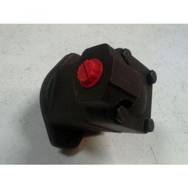 New Vickers V101P4P1A20 V10 1P4P 1A20 Hydraulic Pump FREE PRIORITY SHIP #5 image