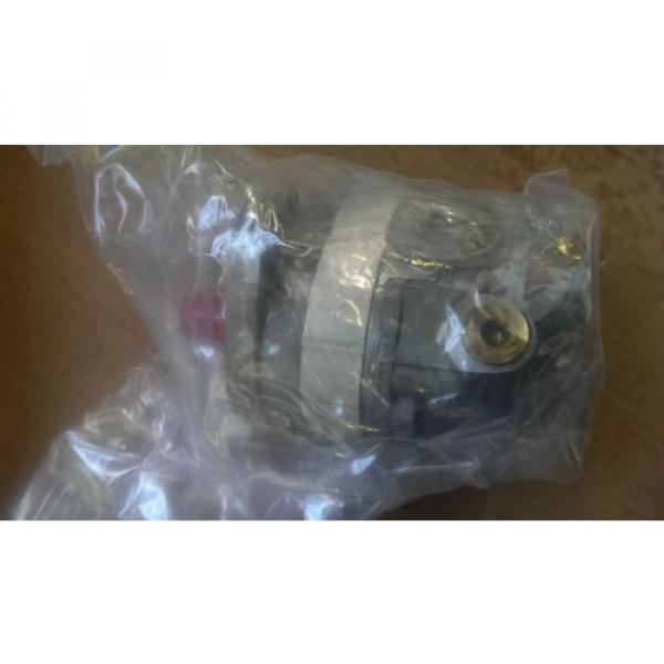 New Parker Hydraulic Gear Pump H49AA2AA18000BS #3 image