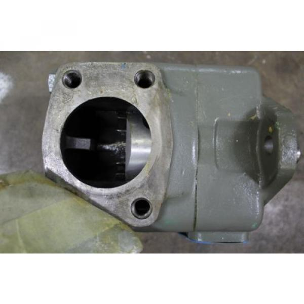 """REBUILT VICKERS 45V50A 1D CL 180 ROTARY VANE HYDRAULIC PUMP 3"""" INLET 1-1/2"""" OUT #4 image"""