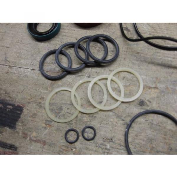KOMATSU DRESSER 939715C1 SEAL KIT! NAT: 470163, CR 14413  NEW SURPLUS!! #4 image